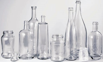 Piccola selezione di alcune bottiglie dal vetro bianco, presenti nel nostro catalogo